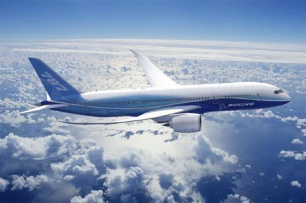 LOT: pierwszy Dreamliner w 2012 r.