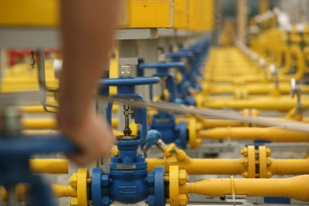 Rozwiązanie problemów gazowych to gazoport, magazyny i interkonektory