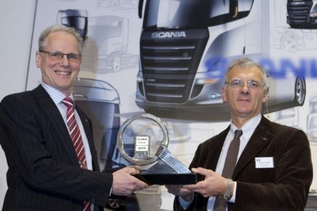 """Scania odebrała nagrodę """"Truck of the Year"""" za nową serię R"""