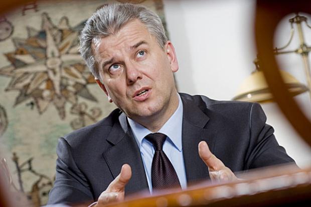 Minister Grabarczyk: pracujemy nad aktualizacją programu budowy dróg i autostrad