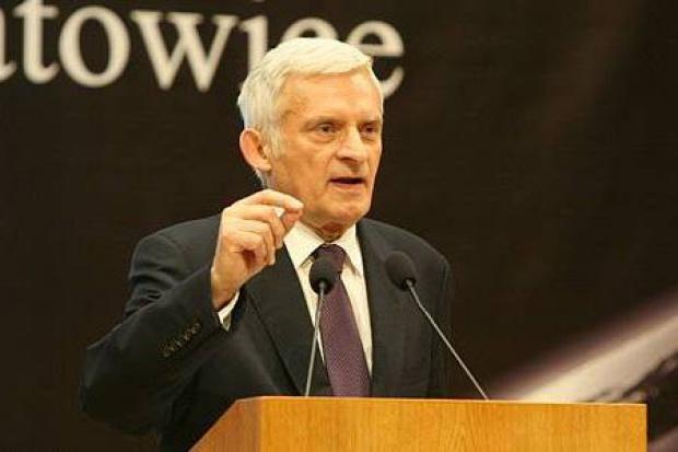 Jerzy Buzek: UE powinna wspólnie budować rurociągi