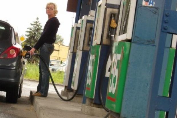 Czas na podwyżki na stacjach paliw