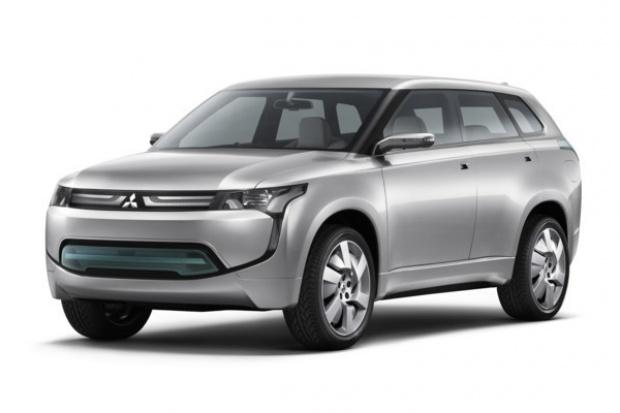 Kosmiczny SUV Mitsubishi wjechał do Europy