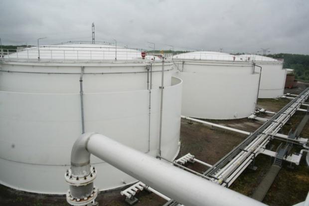 Ile będą nas kosztować obowiązkowe zapasy paliw?