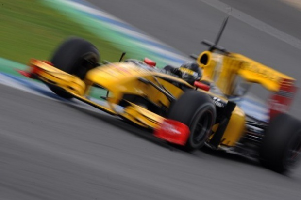 F1: Kubica bez punktów w Bahrajnie