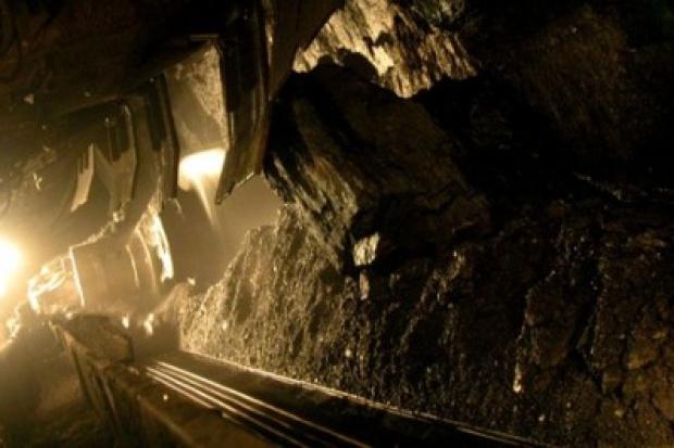 Nadzór górniczy wstrzymuje prace w kopalniach