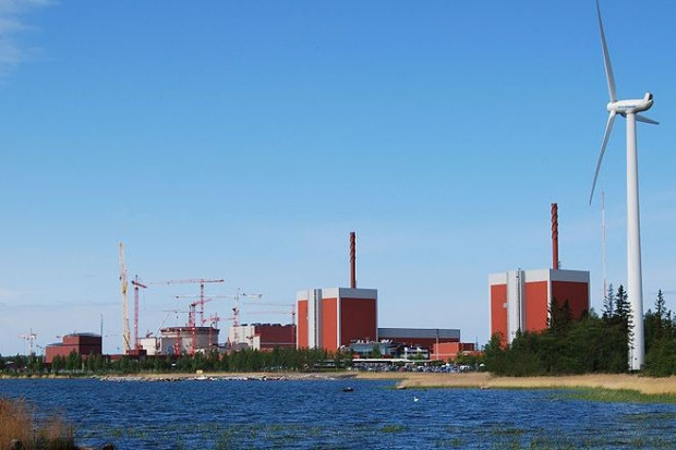 Budowa elektrowni jądrowej Olkiluoto III: chaos, opóźnienia, przekroczenie kosztów