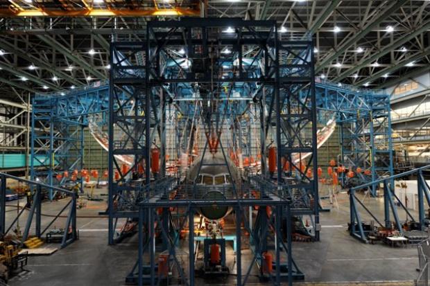 Boeing zakończył test całkowitego obciążenia skrzydeł Dreamlinera