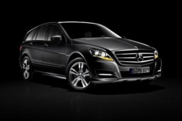 Mercedes kusi nową Klasą R
