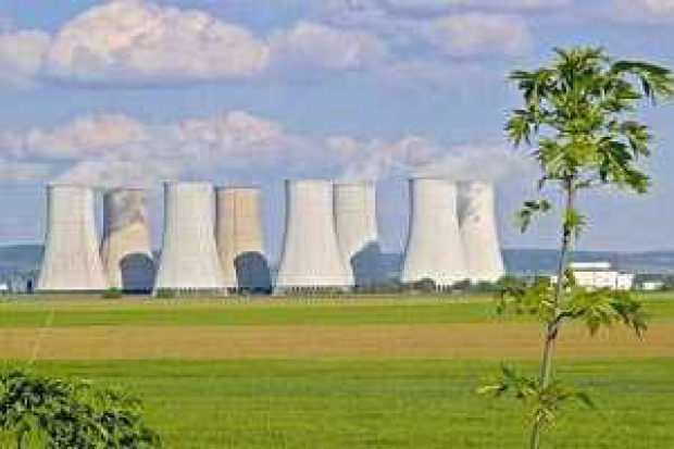 Kuszą Finlandię atomem