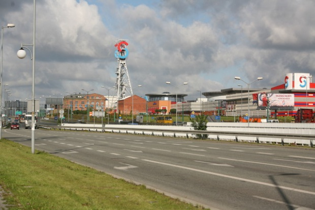 Inwestycje w centra handlowe będą maleć do 2011 r.
