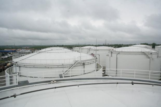 PERN zbuduje zbiorniki na 0,8 mln m sześc.
