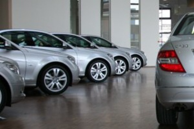 Rejestracje nowych aut w górę