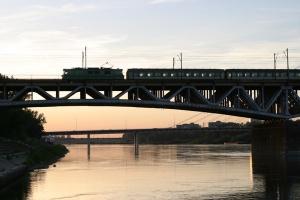 Światowi giganci chcą budować radiowy system łączności pociągów w Polsce
