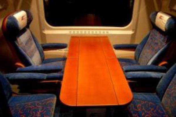 Podróż pociągiem prawie tak samo droga jak wynajętym samochodem