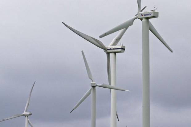 Wpływają zaliczki na koszty przyłączenia wiatraków