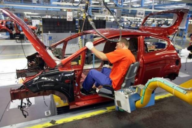 Samar: w kwietniu spadła produkcja samochodów osobowych