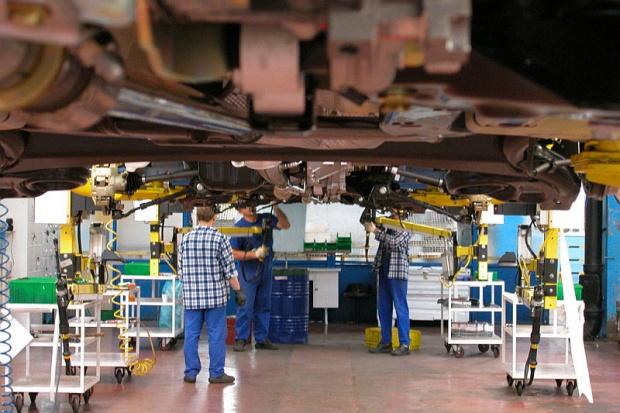KE zapowiada tańsze naprawy samochodów