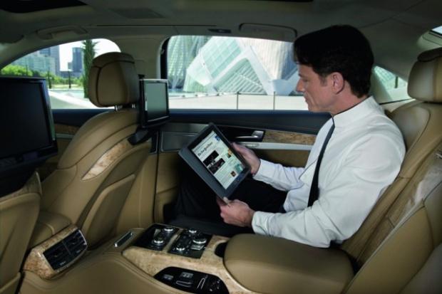Audi A8 - jeżdżący hotspot