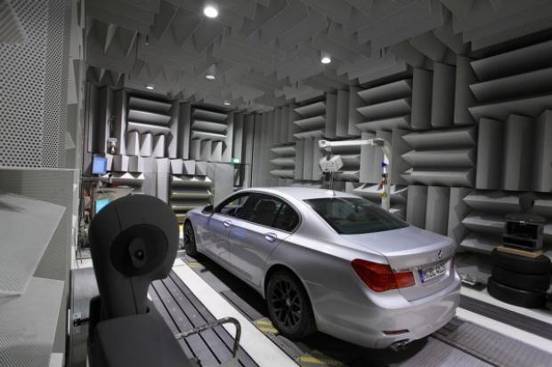 BMW pracuje nad nowym brzmieniem swoich aut