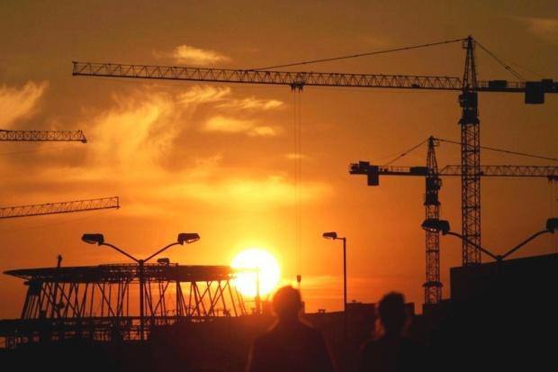 W tym roku ogłoszono już ponad 2,5 tys. inwestycji budowlanych