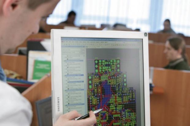 Firmy produkcyjne wciąż rzadko korzystają z outsourcingu IT