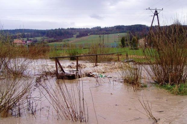 Grabarczyk: po powodzi kilka miliardów strat w transporcie