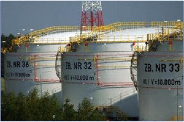 Umowa w sprawie bazy paliw w Porcie Gdańskim pod koniec lipca