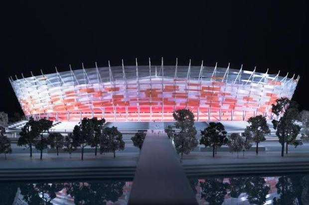 Stadion Narodowy został otoczony stalowym pierścieniem