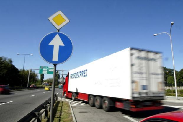 GDDKiA nie wprowadza ograniczeń dla ciężarówek