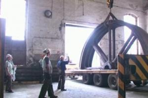 Ponad stuletnia maszyna parowa trafi do Muzeum Śląskiego (video)