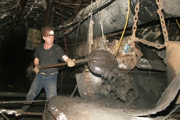 Siedem rejonów szczególnie zagrożonych w śląskich kopalniach
