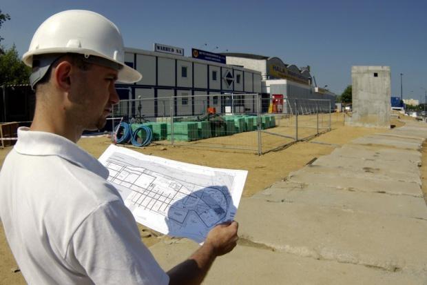 Budownictwo szuka ludzi, by zdążyć przed Euro 2012