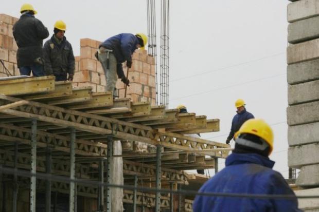GUS : poprawia się koniunktura w budownictwie