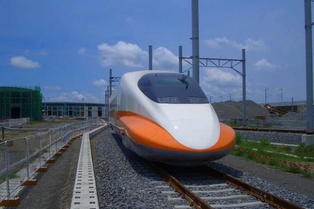Super-pociąg zacznie kursować we Włoszech w 2013 roku