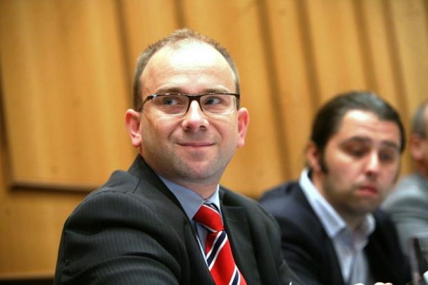 M. Kulesa, TOE: wytwórcy i sprzedawcy energii czekają nowe regulacje prawne