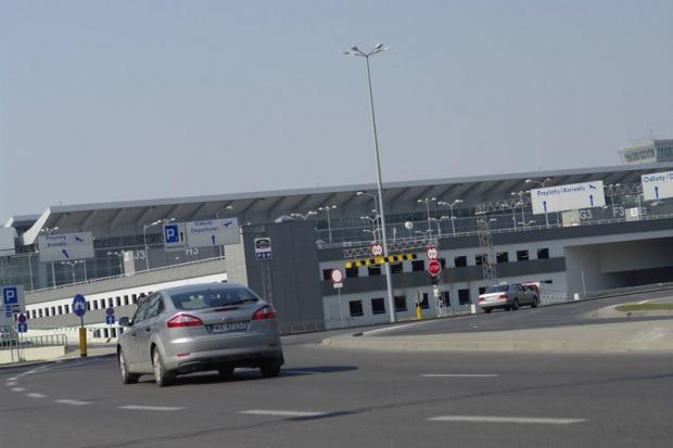 Łódzkie lotnisko przejmie ponad 100 lotów z Warszawy