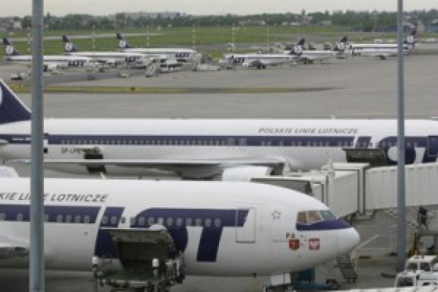 Rada nadzorcza LOT zaakceptowała porozumienie z pilotami