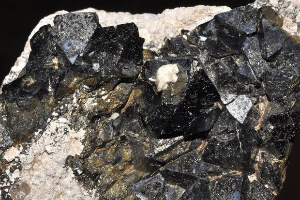 ArcelorMittal zwiększy wydobycie rud żelaza