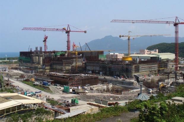 Gdzie te miliardy na polskie reaktory?