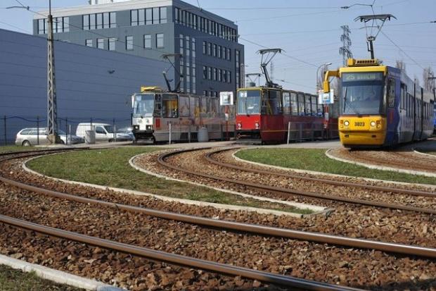 Warszawa. 928 mln zł kredytu na zakup 186 nowych tramwajów