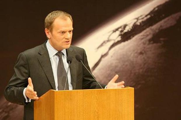 Tusk: umowa gazowa odpowiada polskim interesom