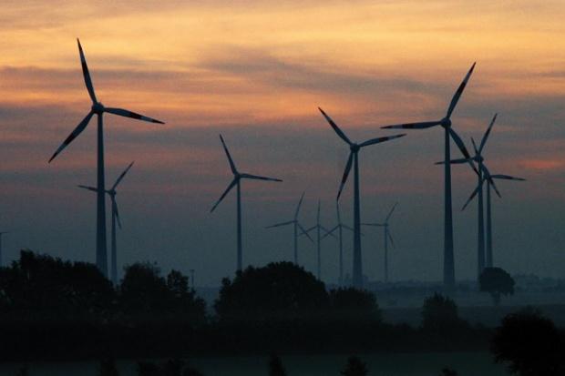 Zieloną energię napędza wiatr