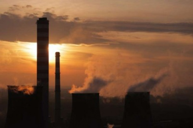 Związkowcy ostrzegają przed pakietem klimatycznym