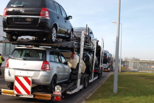 Sprzedaż aut 2010: to już ćwierć miliona