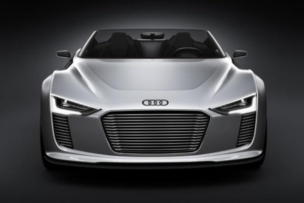 Hybrydowy sportsmen: Audi e-tron Spyder