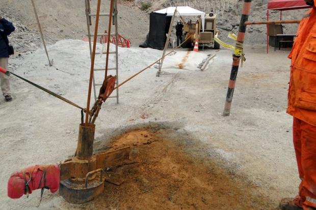 Chilijscy ratownicy dotarli do górników uwięzionych pod ziemią