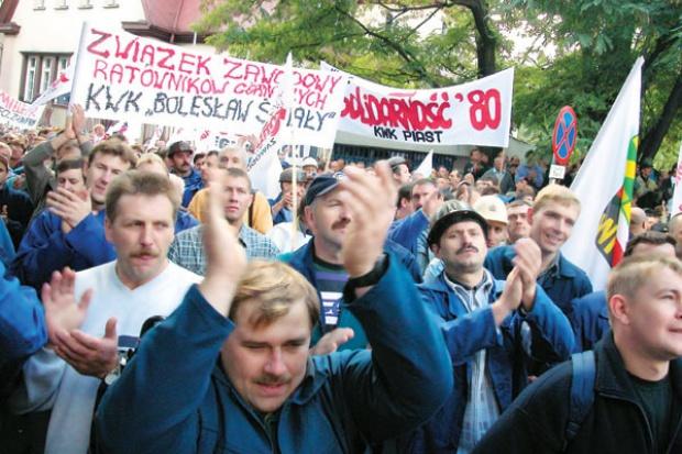 Związki zawodowe - niebezpieczne, toksyczne, niezbędne