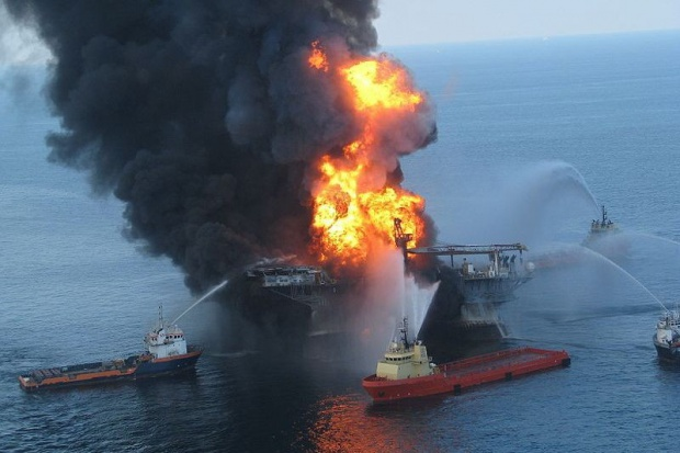 Wadliwy cement powodem wycieku ropy z odwiertu BP
