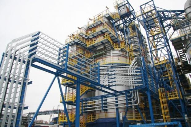 Rafineria Lotosu przerobiła o 45 proc. więcej ropy niżprzed rokiem